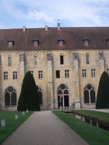 batiment abbaye de Royaumont